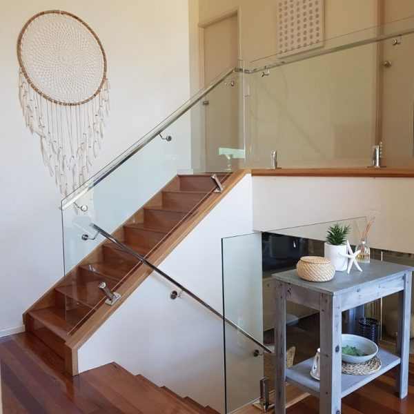 internal balustrade with handrail installed with spigots