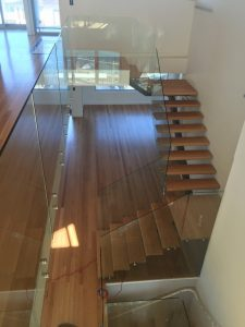 internal-balustrade-with-stand-off-pins-maroubra-225x300