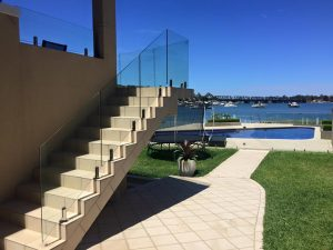 After-picture-Frameless-glass-balustrade-on-stairs-Blakehurst-300x225