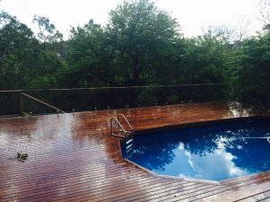 Pro-fit-pool-fence-on-deck-header-300x225